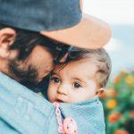 Vroeggeboorte baby | Vaders ervaren meer stress dan moeders